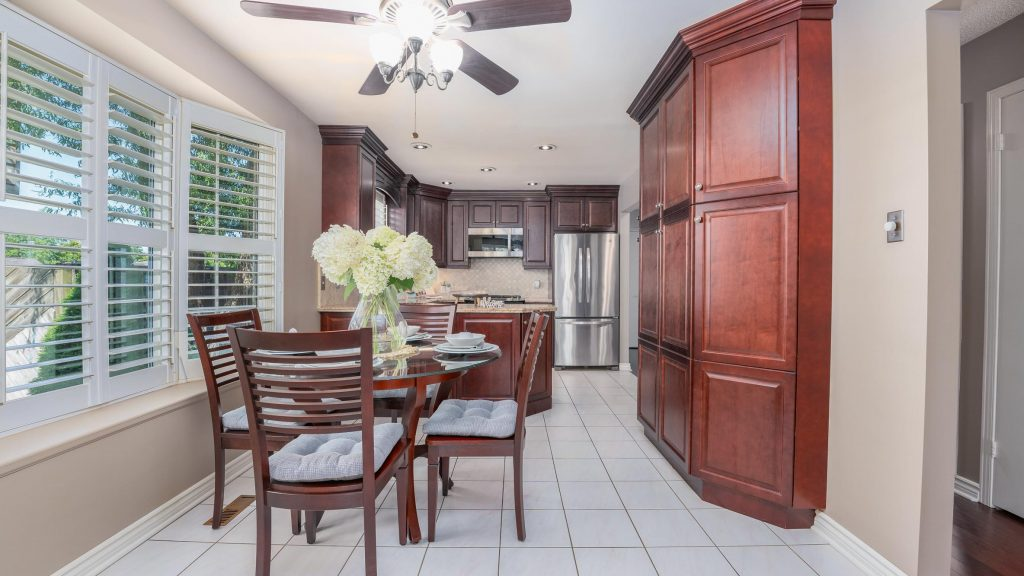 12 Ventura Drive - Presented by Rise Realty Group